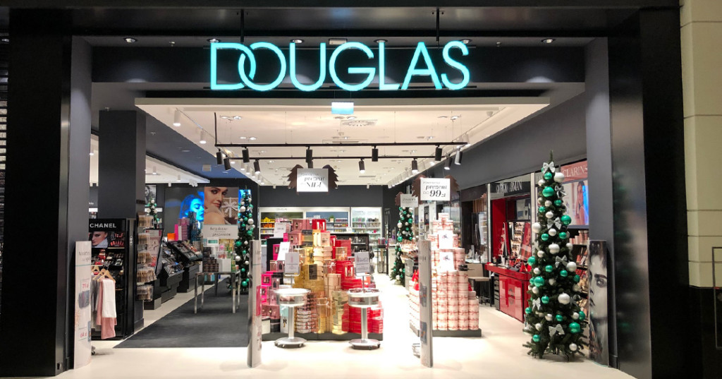 Douglas: from premium store chain to glamour brand